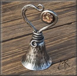 Kovaný zvoneček Valentýnek